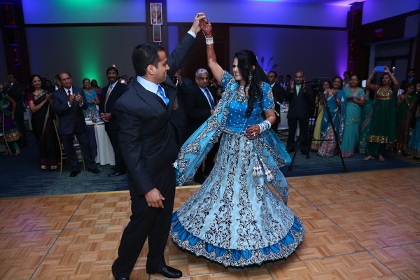 Reception in Itasca, IL Indian Wedding by Aria Fine Art Films