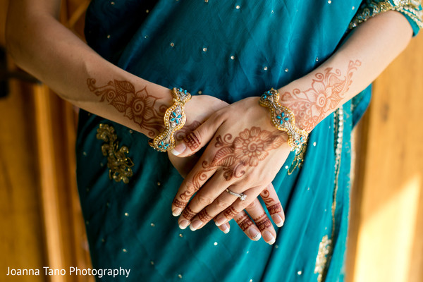 Getting Ready in Maui, Hawaii Destination Indian Wedding by Joanna Tano Photography