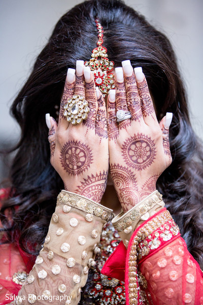 Getting Ready in New York, New York Indian Wedding by Salwa Photography