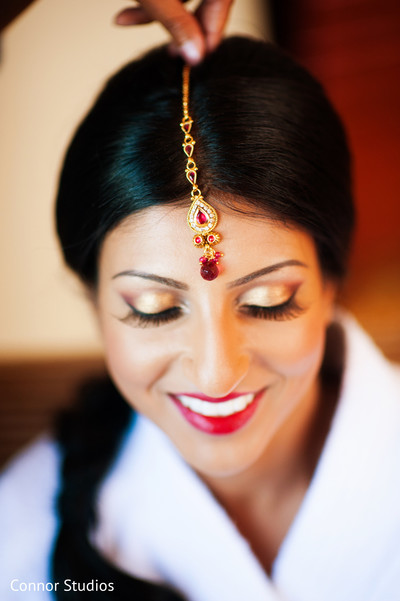 Getting Ready in New York, NY Indian Wedding by Connor Studios