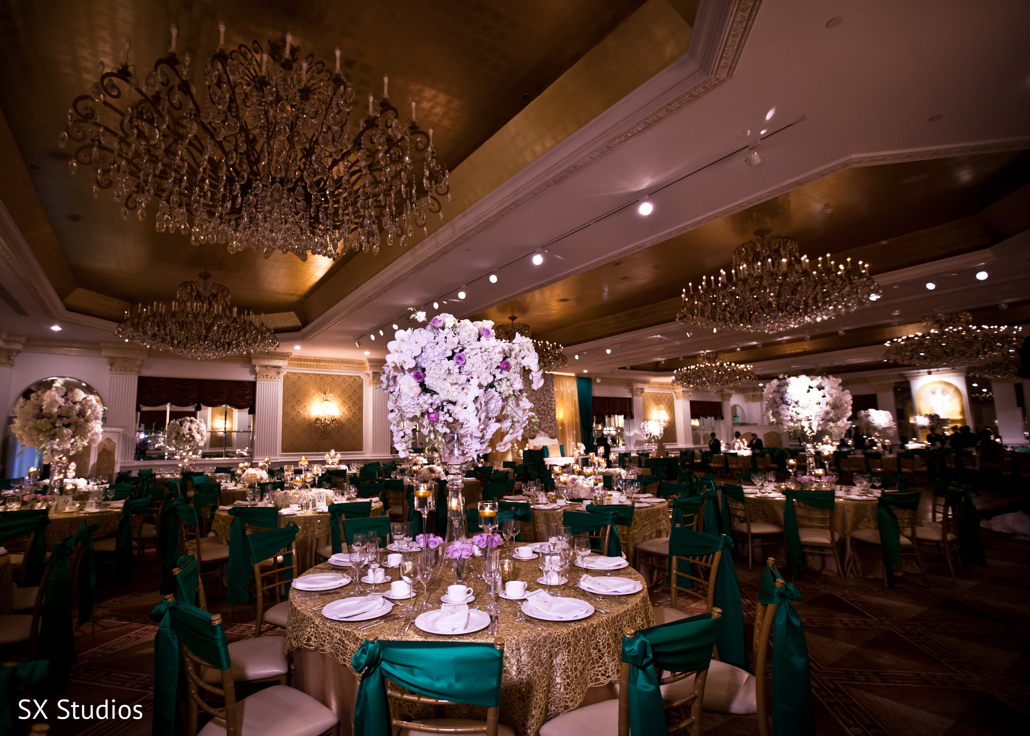 Floral decor in woodbury ny indian wedding by sx for Indian jewelry in schaumburg il