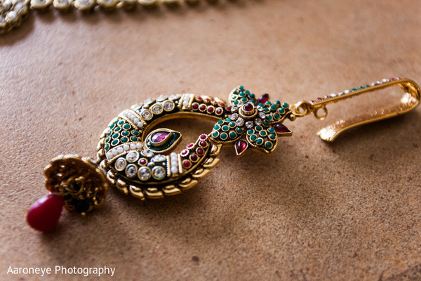 Bridal Jewelry in Anaheim, CA Indian Wedding by Aaroneye Photography