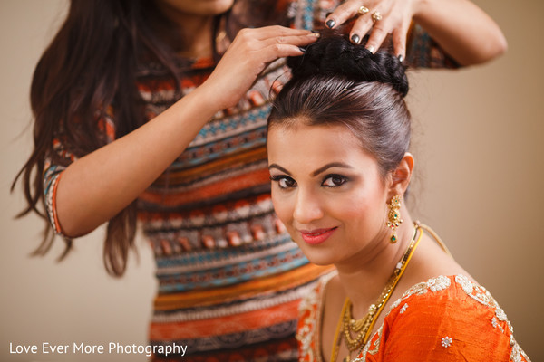 Getting Ready in Hudson Valley, NY South Indian Fusion Wedding by Love Ever More Photography