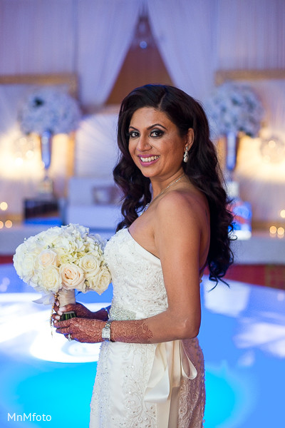 Portraits in dallas tx fusion indian wedding by mnmfoto for Indian jewelry in schaumburg il