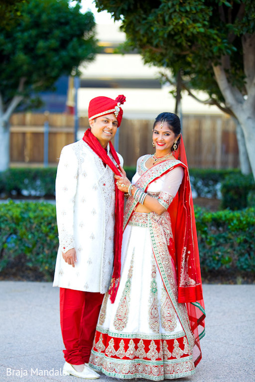 Indian Wedding Couple Photography Poses Wedding Photography Poses