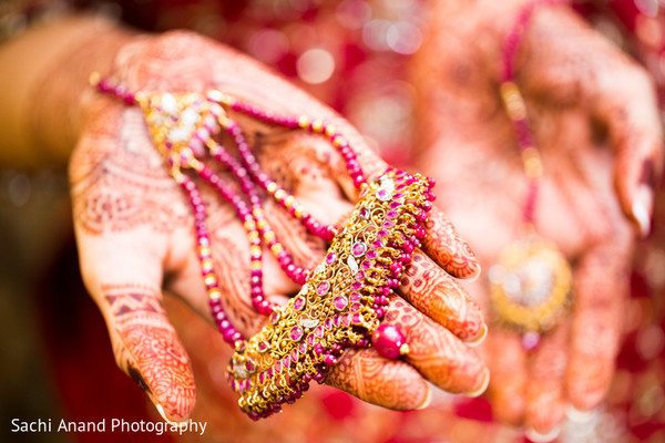 Bridal Jewelry in Cherry Hill, NJ South Asian Wedding by Sachi Anand Photography