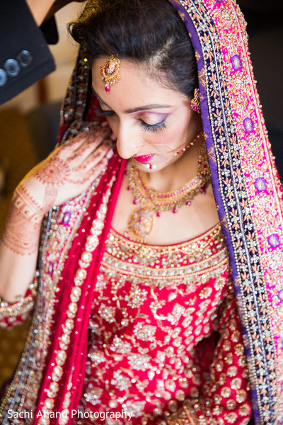 Getting Ready in Cherry Hill, NJ South Asian Wedding by Sachi Anand Photography