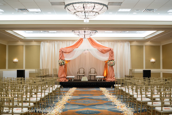 Mandap in Memphis, TN Indian Wedding by Amy Hutchinson Photography