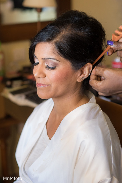Getting Ready in Montego Bay, Jamaica South Asian Wedding by MnMfoto