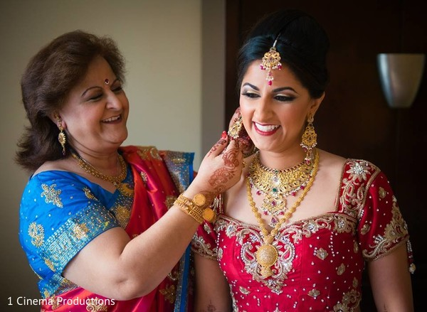 Getting Ready in Houston, TX Indian Wedding by 1 Cinema Productions