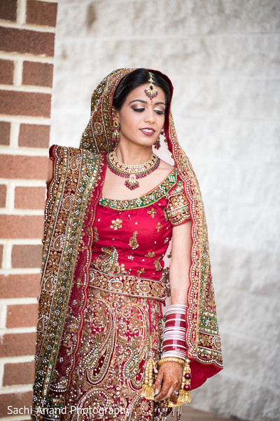 portraits of indian wedding,indian bride,indian bridal fashions,indian bride photography,indian bride photo shoot,indian wedding photo,indian wedding lengha,indian bridal lengha,indian wedding lehenga