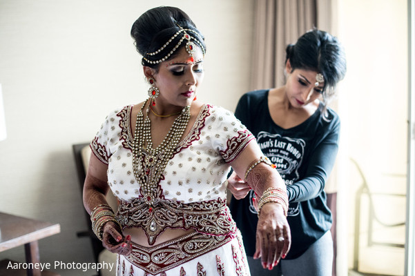 Getting Ready in San Diego, CA Indian Wedding by Aaroneye Photography