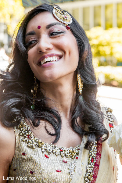 Bridal Portrait in Seattle, WA Indian Fusion Wedding by Luma Weddings