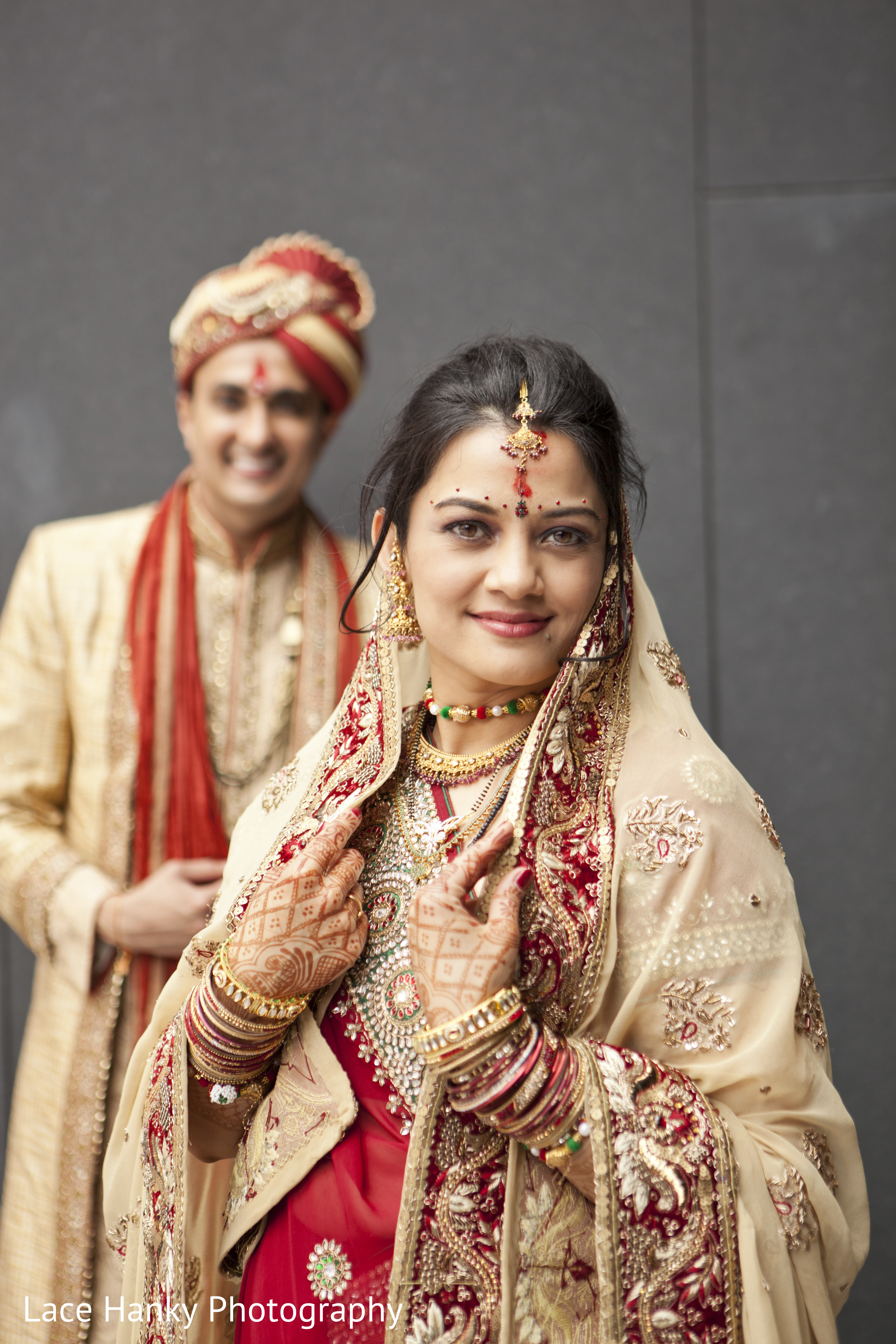 First look in bloomington mn indian wedding by lace hanky for Indian jewelry in schaumburg il