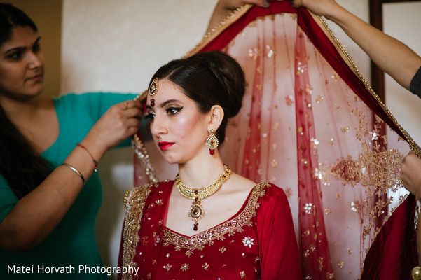Getting Ready in Boston, MA Sikh Wedding by Matei Horvath Photography