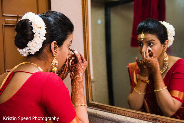 Getting Ready in Jaipur Destination Indian Fusion Wedding by Kristin Speed Photography