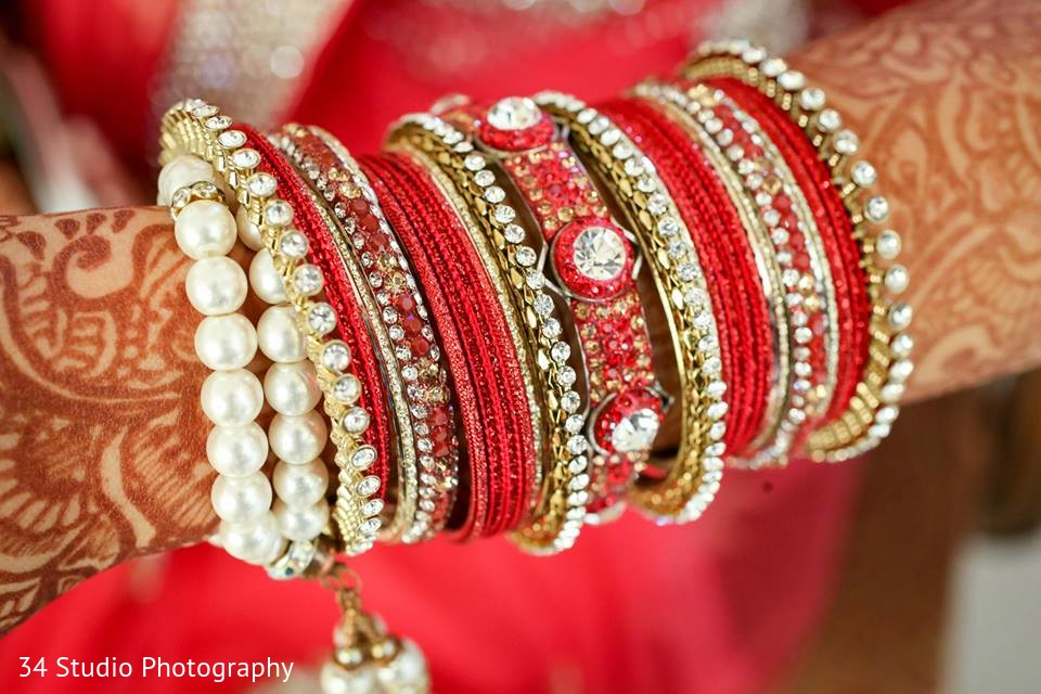 Bangles In Plano Tx South Asian Wedding By 34 Studio Photography Maharani Weddings