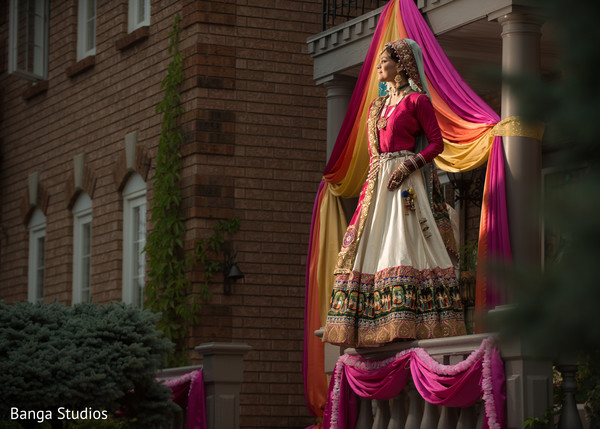 Bridal Portrait in Ontario, Canada Sikh Wedding by Banga Studios