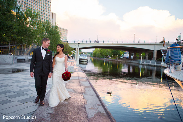 outdoor portraits,white wedding dress