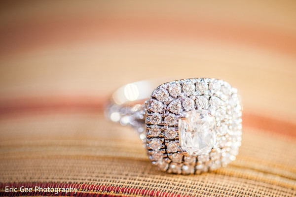 Bridal Jewelry in Itasca, Illinois Indian Wedding by Eric Gee Photography