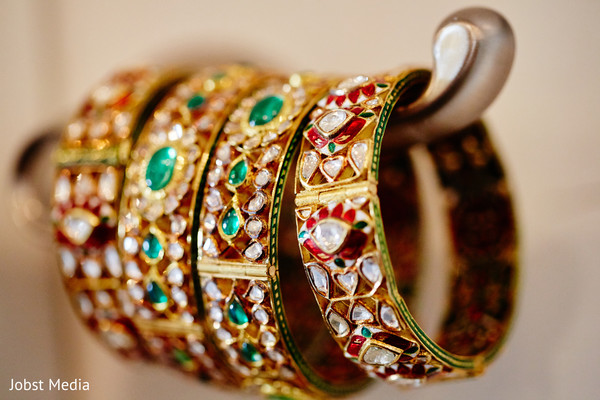 indian bridal jewelry,indian wedding bangles