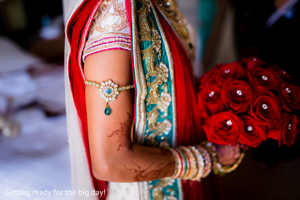 indian wedding bouquet,indian bridal jewelry