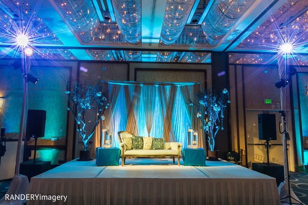 reception,sweetheart stage,floral & decor