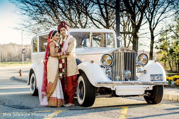 Transportation in Mahwah, NJ Indian Wedding by Ieva Sireikyte Photography