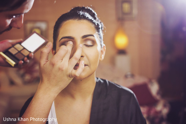Getting Ready in Scottsdale, AZ Sikh Wedding by Ushna Khan Photography