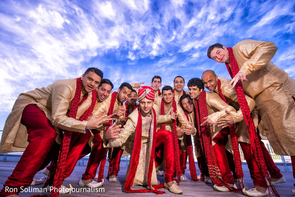 indian groomsmen,indian wedding groomsmen,portraits of indian wedding,photo of groomsmen,groomsmen photo