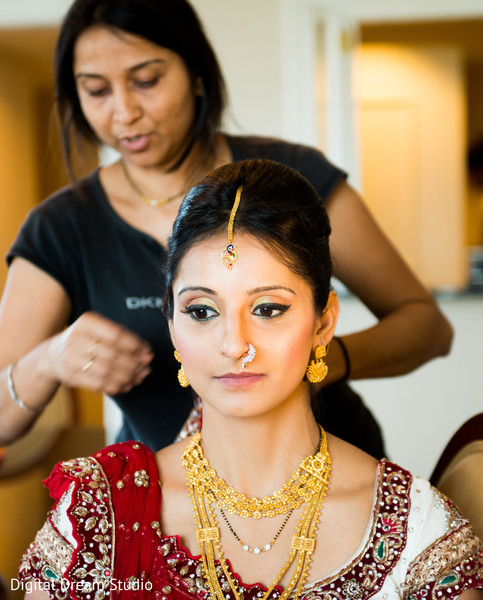 Getting Ready in Tampa, FL Indian Wedding by Digital Dream Studio