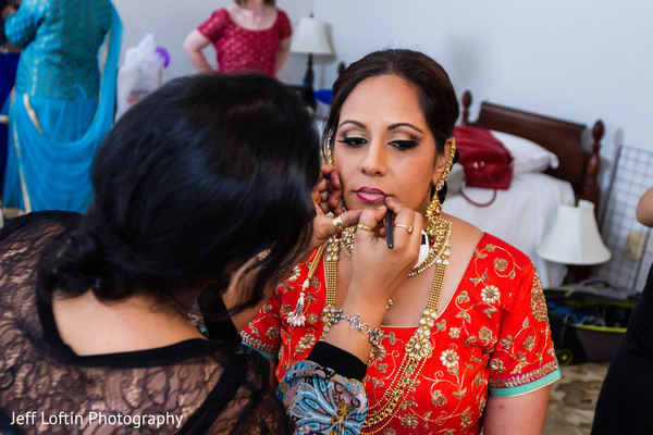 Getting Ready in Austin, TX Indian Fusion Wedding by Jeff Loftin Photography