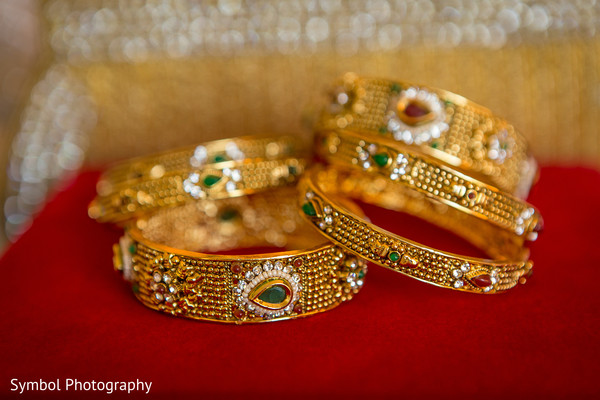 Getting Ready in Wrentham, MA Indian Wedding by Symbol Photography