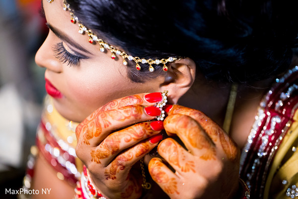 Getting Ready in Jamaica, NY Indian Wedding by MaxPhotoNY
