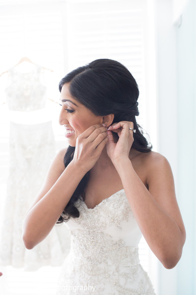 Getting Ready in San Juan, Puerto Rico Destination Indian Wedding by Vanessa Velez Photography