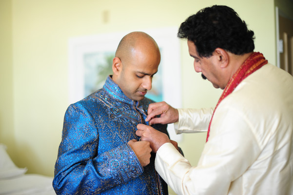 Groom Getting Ready in Grand Cayman South Indian Destination Wedding by Daria Keenan Photography
