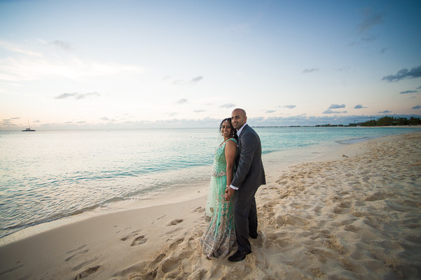 Reception Portrait in Grand Cayman South Indian Destination Wedding by Daria Keenan Photography