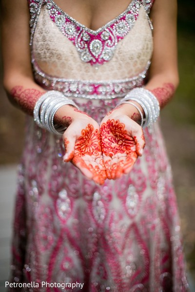Getting Ready in Big Indian, New York Hindu-Jewish Fusion Wedding by Petronella Photography