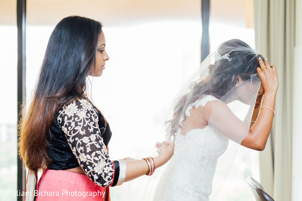 Getting Ready in Austin, TX Indian Wedding by William Bichara Photography