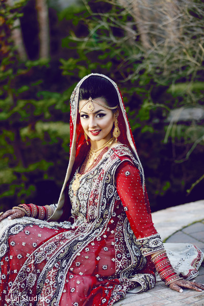 pakistani bride,portraits of indian wedding,indian bride,pakistani bridal portrait,indian bridal fashions,pakistani brides,pakistani bride photography,pakistani bride photo shoot,indian wedding photo