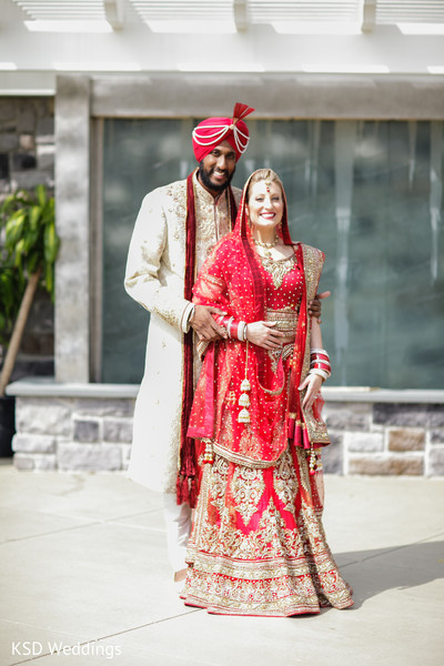 indian wedding portraits,outdoor indian wedding portraits