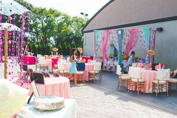 bridal shower,floral and decor