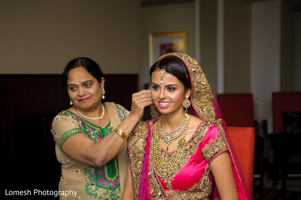 Getting Ready in Grapevine, TX Indian Wedding by Lomesh Photography