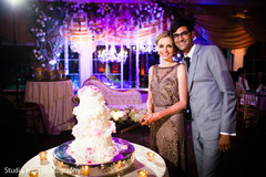 reception,reception decor,floral and decor,cake-cutting,cake cutting,cake,cakes and treats