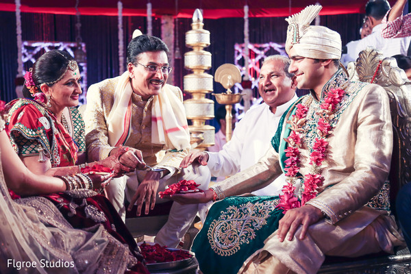 Ceremony in Mumbai Indian Wedding by Flgroe Studios