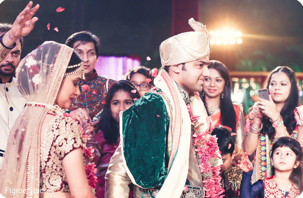 Gujarati wedding,Gujarati wedding ceremony,traditional Gujarati wedding,traditional Gujarati wedding ceremony,Indian wedding ceremony,traditional wedding ceremony