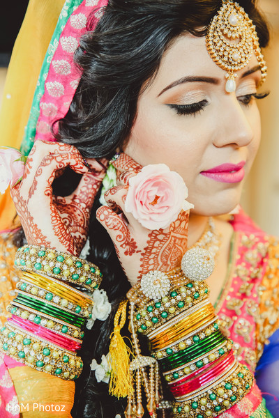 Baltimore md indian wedding by hnm photoz maharani weddings indian bride getting ready indian wedding portraits junglespirit Image collections