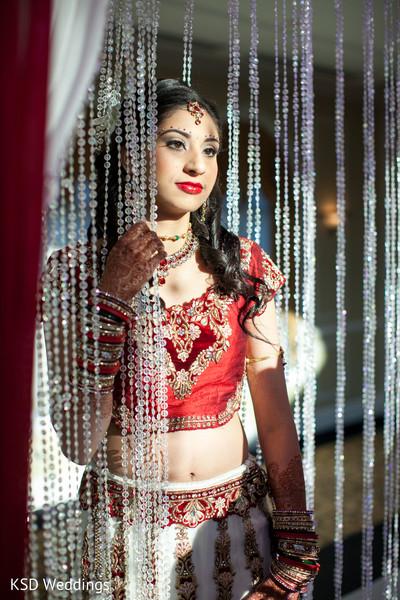 portrait of Indian bride,Indian bridal portraits,Indian bridal portrait,Indian bridal fashions,Indian bride,Indian bride photography,Indian bride photo shoot,photos of Indian bride,portraits of Indian bride