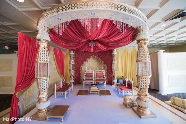 hindu ceremony,indian wedding ceremony,indian wedding mandap