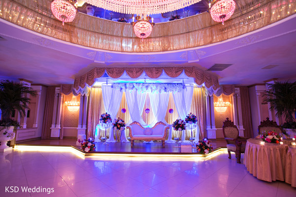 indian wedding reception,indian wedding reception floral and decor,sweetheart stage